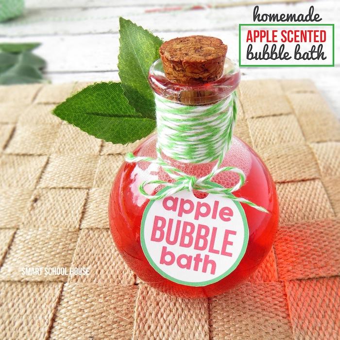 Apple Scented Homemade Bubble Bath