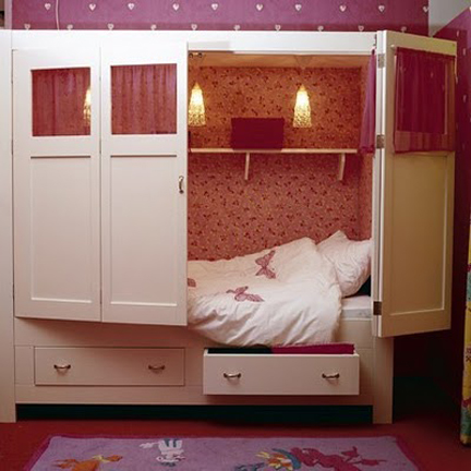 Armoire Bed