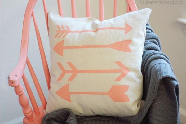 diy throw pillows you can make - marc and mandy show Diy Sofa Pillows