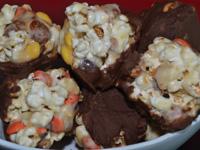 , Sweet and Crunchy Popcorn Balls