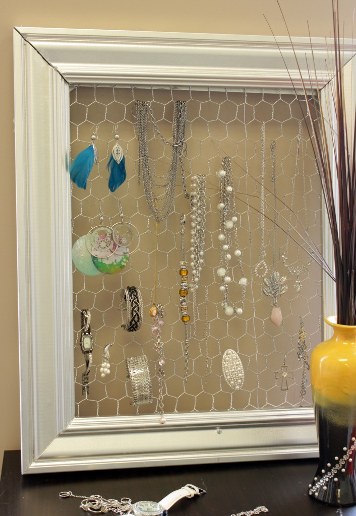 DIY Jewelry Frame - Marc and Mandy Show