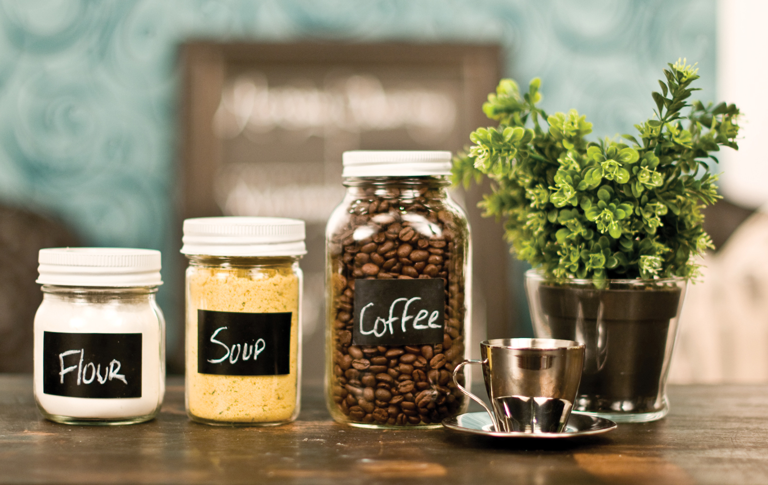 DIY Chalkboard Labels