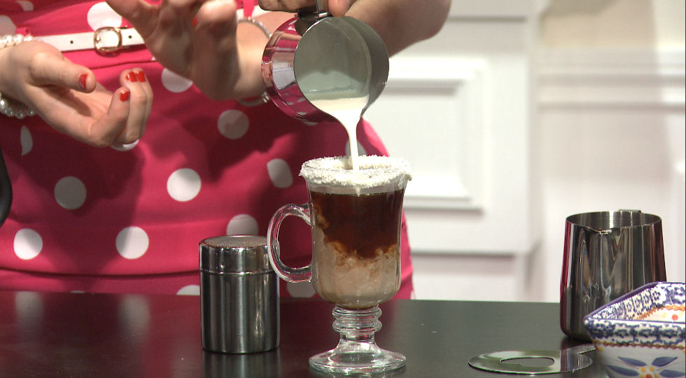 Refine your barrista skills with this Cafe Mocha recipe!