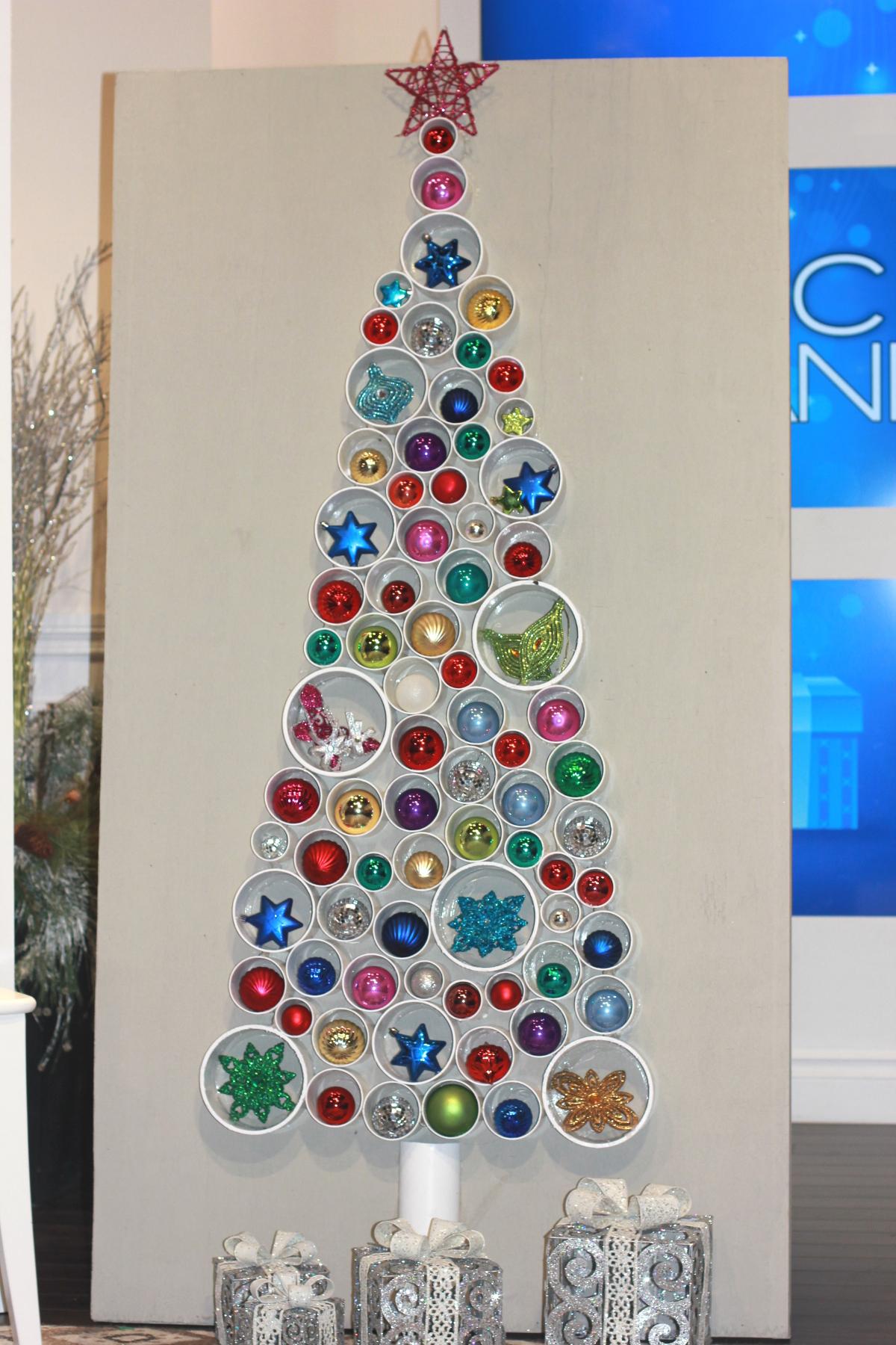 , Chic DIY Pipe Christmas Tree