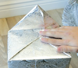 , How to Wrap a Gift