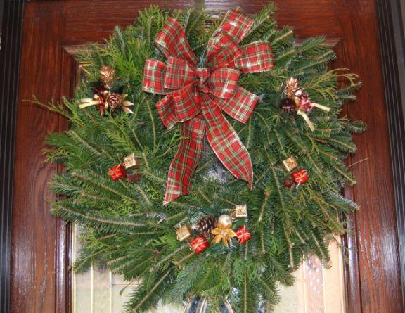 , 7 DIY Eco-Friendly Christmas Wreaths