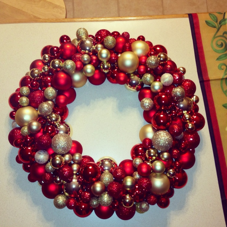 7 Diy Eco Friendly Christmas Wreaths Marc And Mandy Show