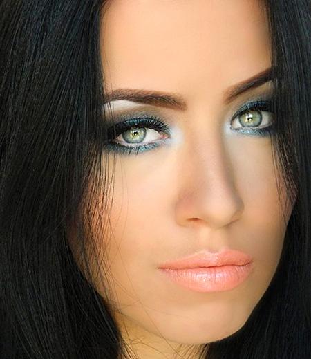 Photo Source: fashionisers.com