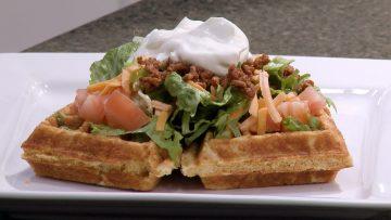 M&M_S04E09_Apple Fritter Waffles 3