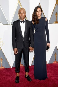 HOLLYWOOD, CA - FEBRUARY 28: Musician Pharrell Williams (L) and Helen Lasichanh attend the 88th Annual Academy Awards at Hollywood & Highland Center on February 28, 2016 in Hollywood, California. (Photo by Ethan Miller/Getty Images)