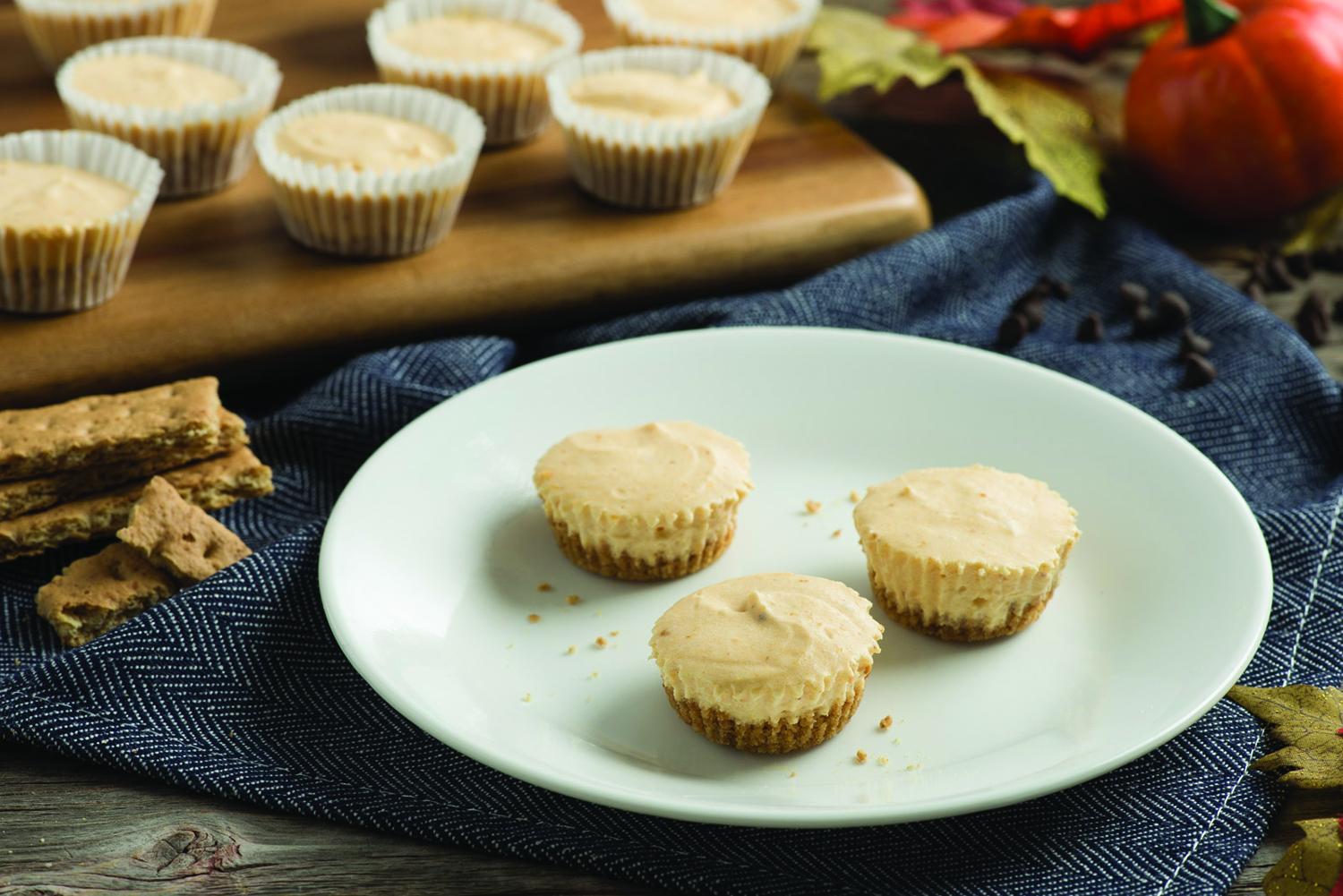 , Mini Pumpkin Cheesecakes So Good Guests Will Want Thirds