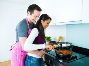 woman-cooking-meal-for-date-night_dckw18