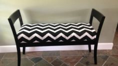 chevron-bench