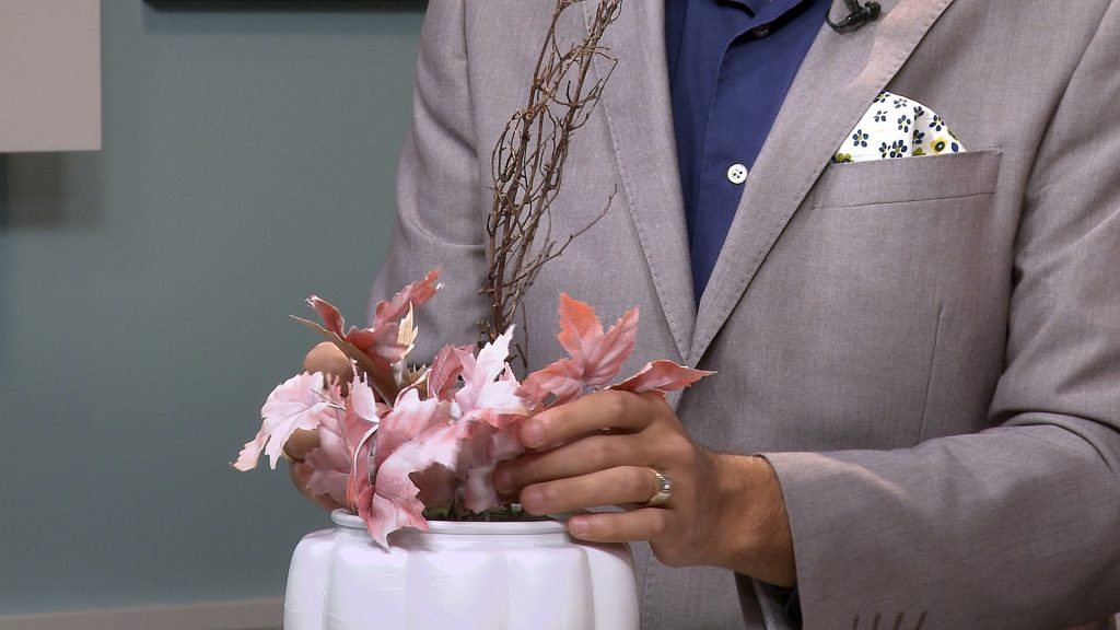 mm_s06e10_thanksgiving-centrepiece-3