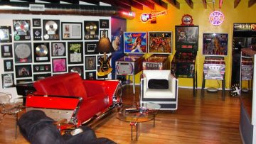 pinball-machines-and-car-couches
