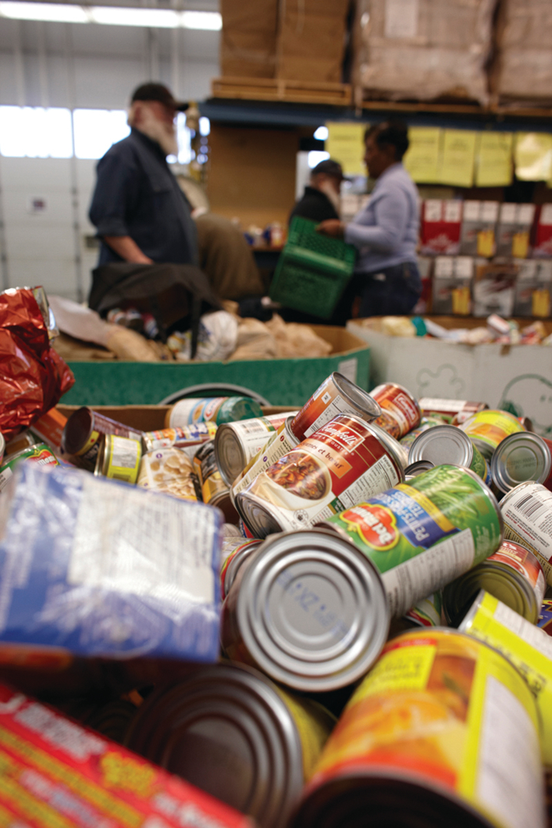 , Donate These Items to a Holiday Food Drive Near You