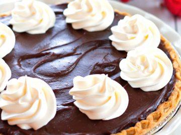 chocolate-eggnog-pie
