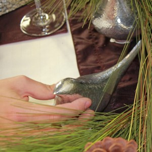 , How to Create a Holiday Tablescape