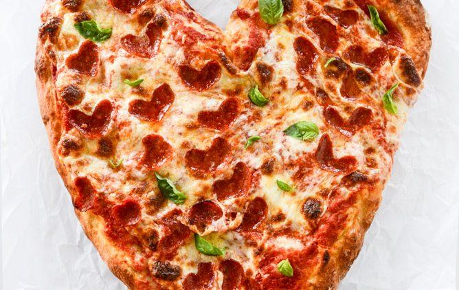 heart-pizza-i-howsweeteats-com-5