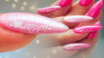 8 DIY Mother's Day Manicures We Love