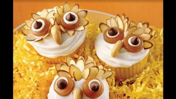 Video Tutorials: Cupcake Decorating for Fall