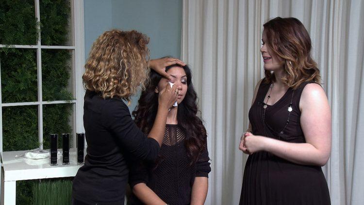 USA_0073_Amanda De Roy_Makeup Removal Routine