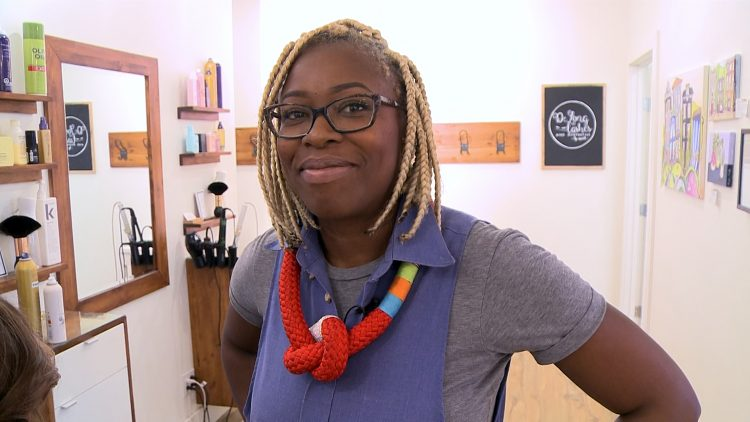 M&M_S11E05_Praise Okwumabua_Quick Holiday Party Hairstyle