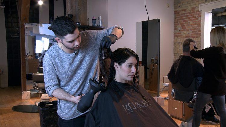USA_0129EGH_Tyler Searle_Curly Hair Tips