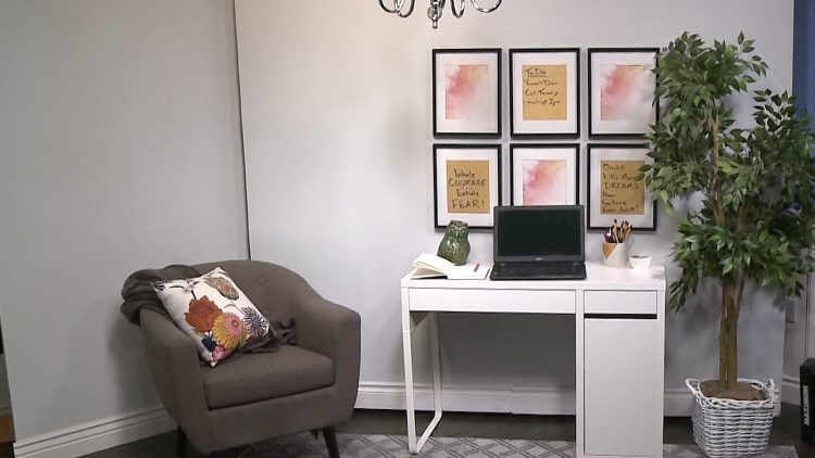M&M_S12E08_Kelsey Kosman_Home Office