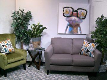 M&M_S12E09_Kelsey Kosman_Jungalo Themed Room