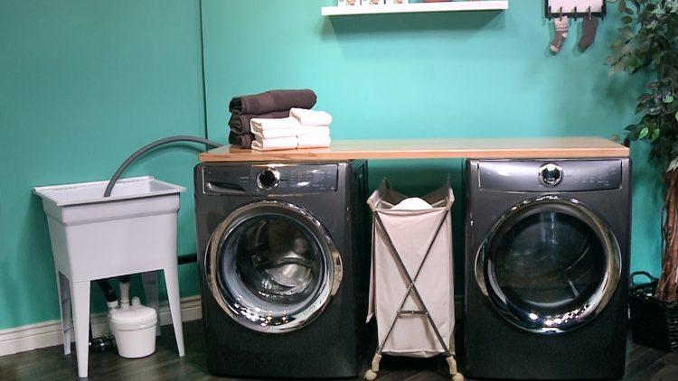 M&M_S13E04_Kelsey Kosman_Sanifo Laundry Room
