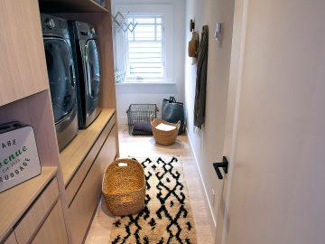 M&M_S14E05_Ami McKay_Compact Laundry Room