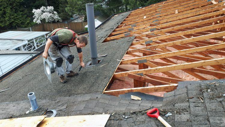 M&M_S15E02_John Bury_Army Roofing Q&A