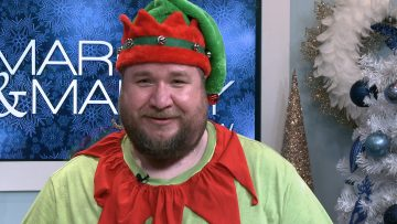 M&M_S15E06_A Visit From Tinkles The Elf