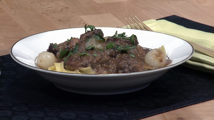 M&M_S15E11_Cameron Huley_Beef Bourgignon