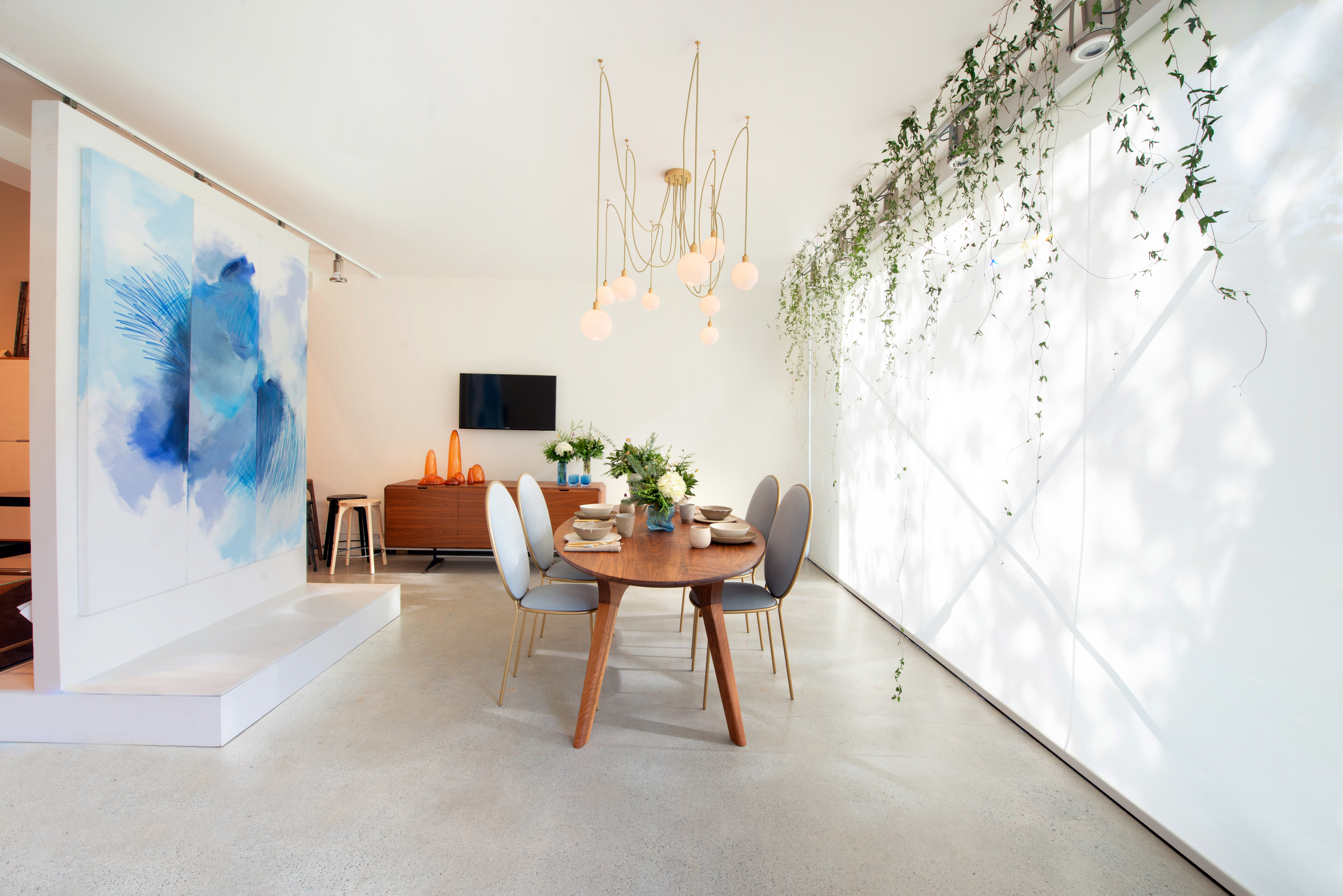 M&M_S15E12_Karla Dreyer_Dining Room Vignette