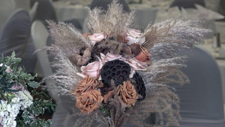 M&M_S16E02_Vanessa Ramsay_Unconventional Bouquets