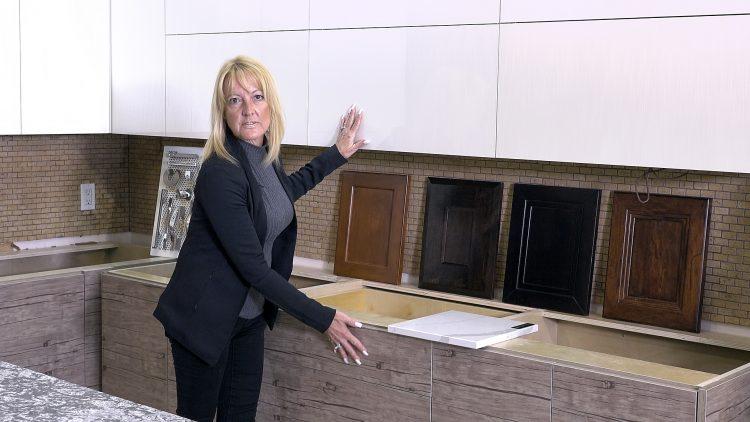 M&M_S16E04_Kim Bartley_Silver Touch Cabinets