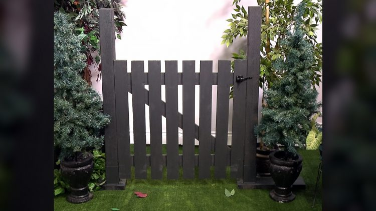 M&M_S16E11_DIY Gate