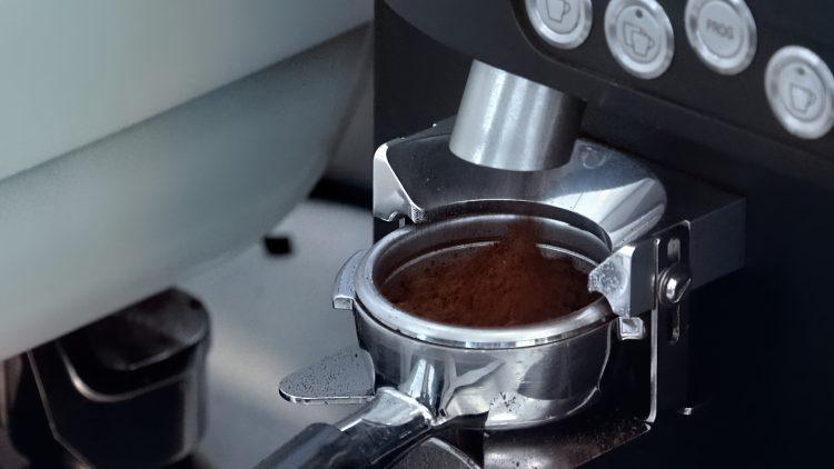 M&M_S17E12_Helen Hsiao_Dalina Coffee Shop Tips