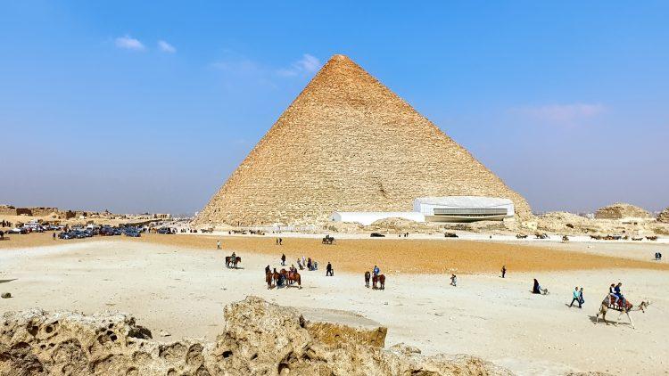 M&M_S17E13_Mohamed Mishrif_Travelling to Egypt