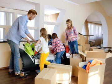 M&M_S18E02_Daniel Perchenok_Tips on Hiring a Mover