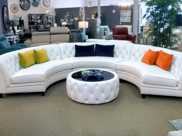 M&M_S19E05_Evelyn Eshun & Kathy Hinnawi_Zenlia Round Couch