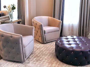 M&M_S20E01_Sandra Nash_Zenlia Sitting Room & Entranceway