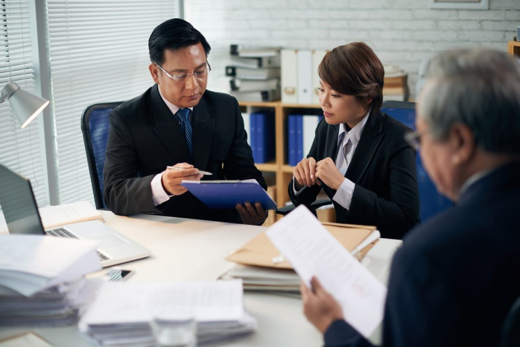 , When Is it a Good Idea to Hire a Lawyer for Employment Related Issues