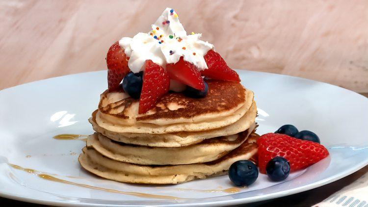 M&M_S21E01_Peter Fehr_Gluten Free Pancakes