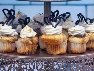 M&M_S21E03_Menchie Finlay_Cinnaholic Desserts