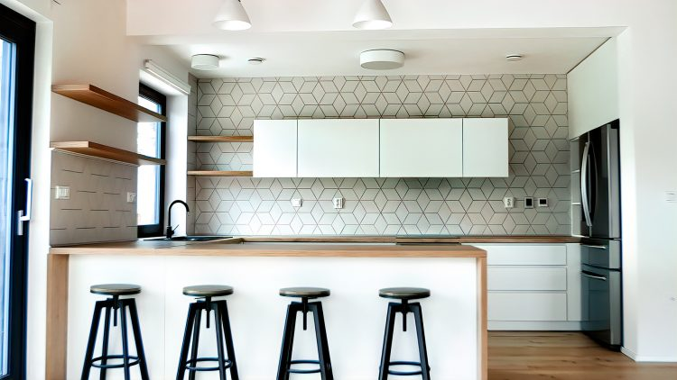 M&M_S21E13_Mickey Fabbiano & Sebastian Sevallo_More Kitchen Reno Advice