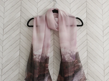 pink-scarf
