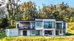 M&M_S23E01_Chris Klaassen_Alair Vancouver Home Tour